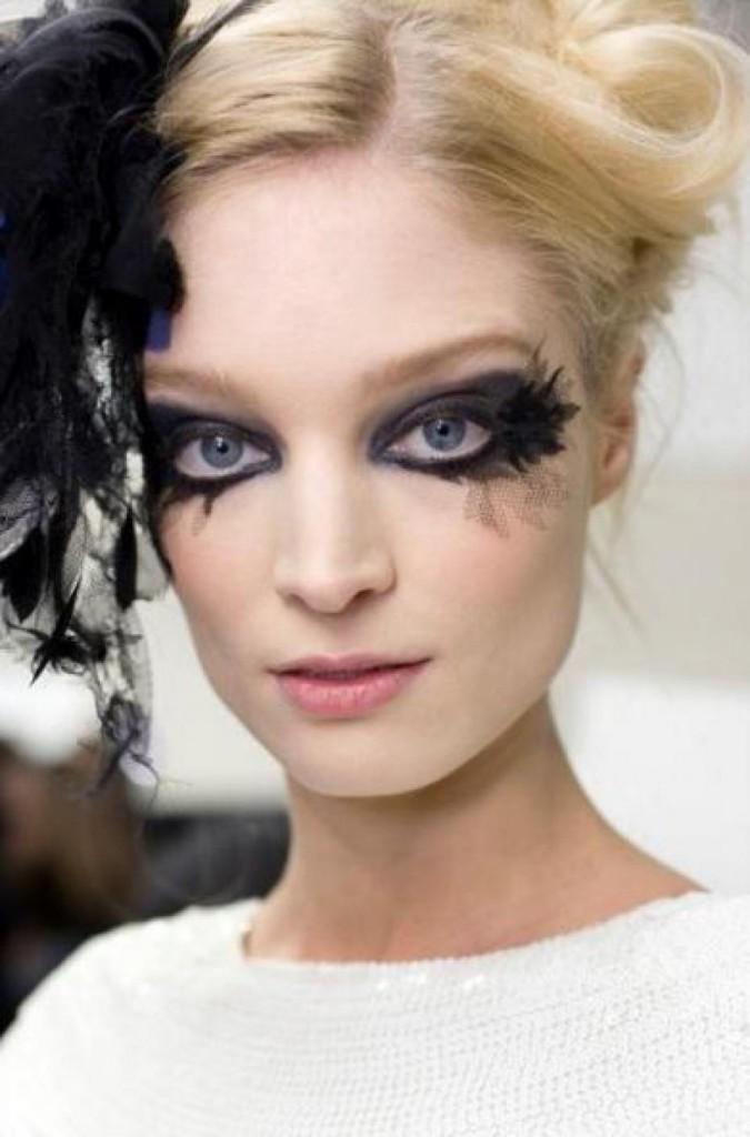 tous-les-mannequins-arboraient-un-maquillage