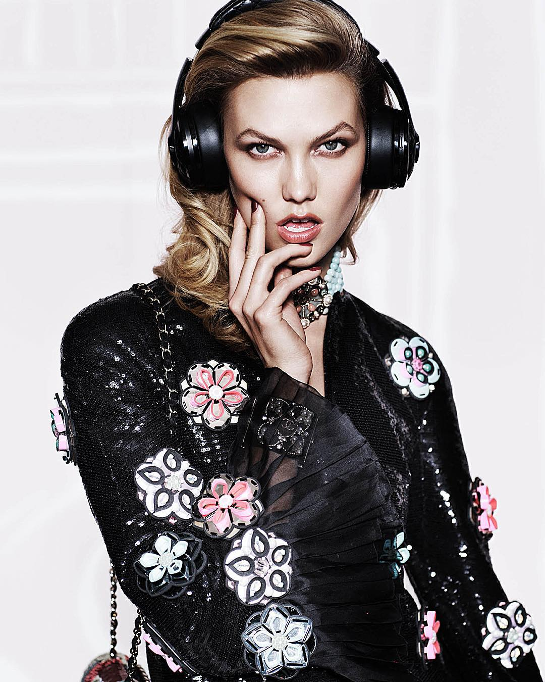 Karlie Kloss for Vogue Mexico December 2015 Issue