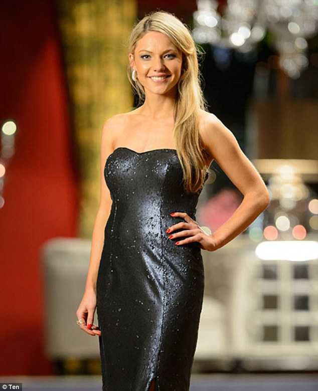 4- Sam Frost
