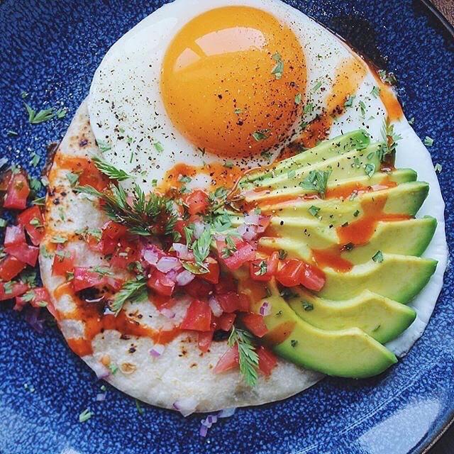 Les œufs sont une bonne source de protéine pour les coureurs végétariens et contiennent 1,5g d'acides gras saturés