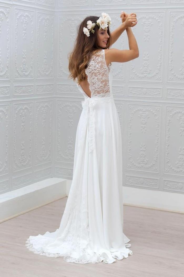 0-robe-de-mariée-civile-longue-couleur-blanch-dos-en-dentelle-ouvert-couronne-de-fleurs
