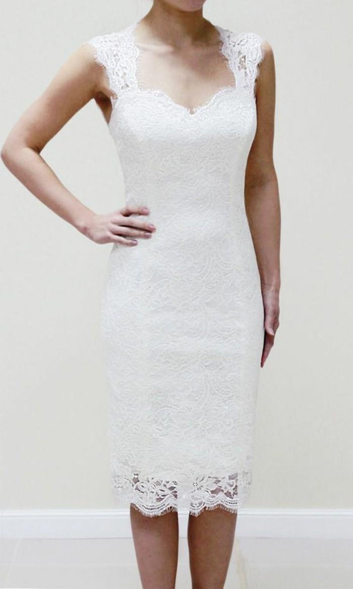 48180e646e2 Robe courte blanche chic