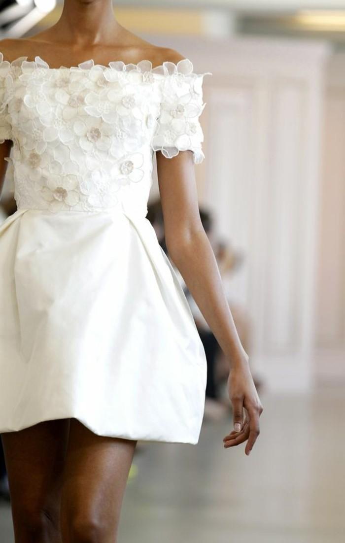 00-robe-de-mariée-civile-robe-de-mariee-simple-courte-en-blanc-vetement-ceremonie