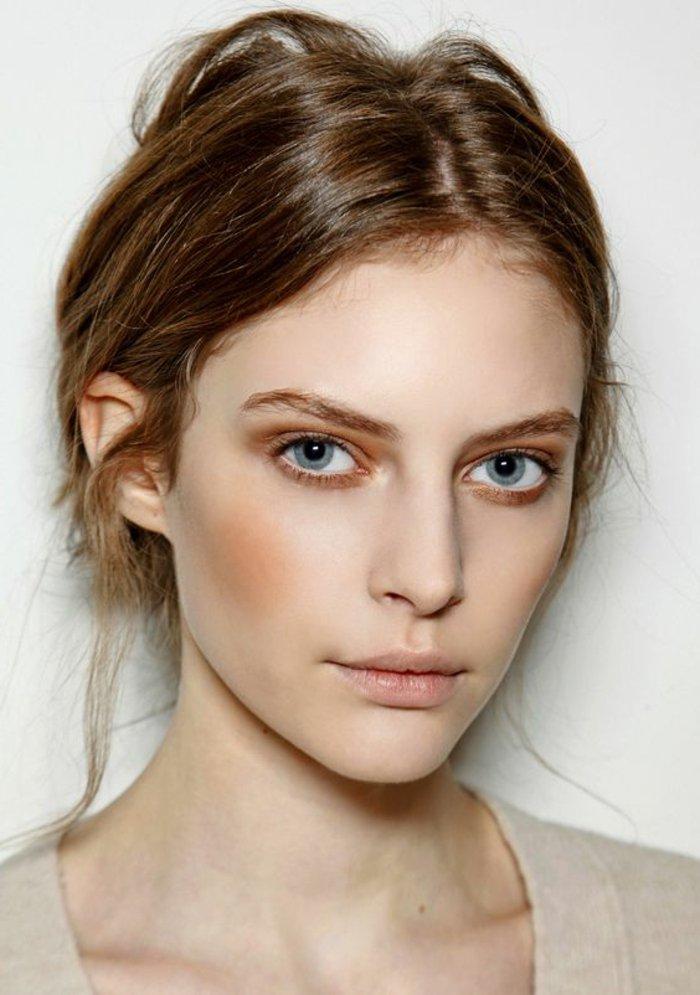00-tuto-smokey-eyes-bleus-idees-maquillage-simple-et-discret