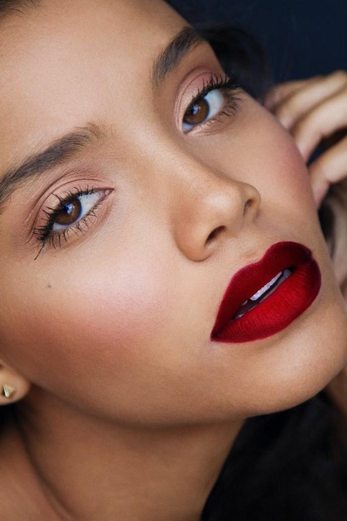 000-maquillage-discret-dit-tuto-maquillage-yeux-marrons-levres-rouges-foncés