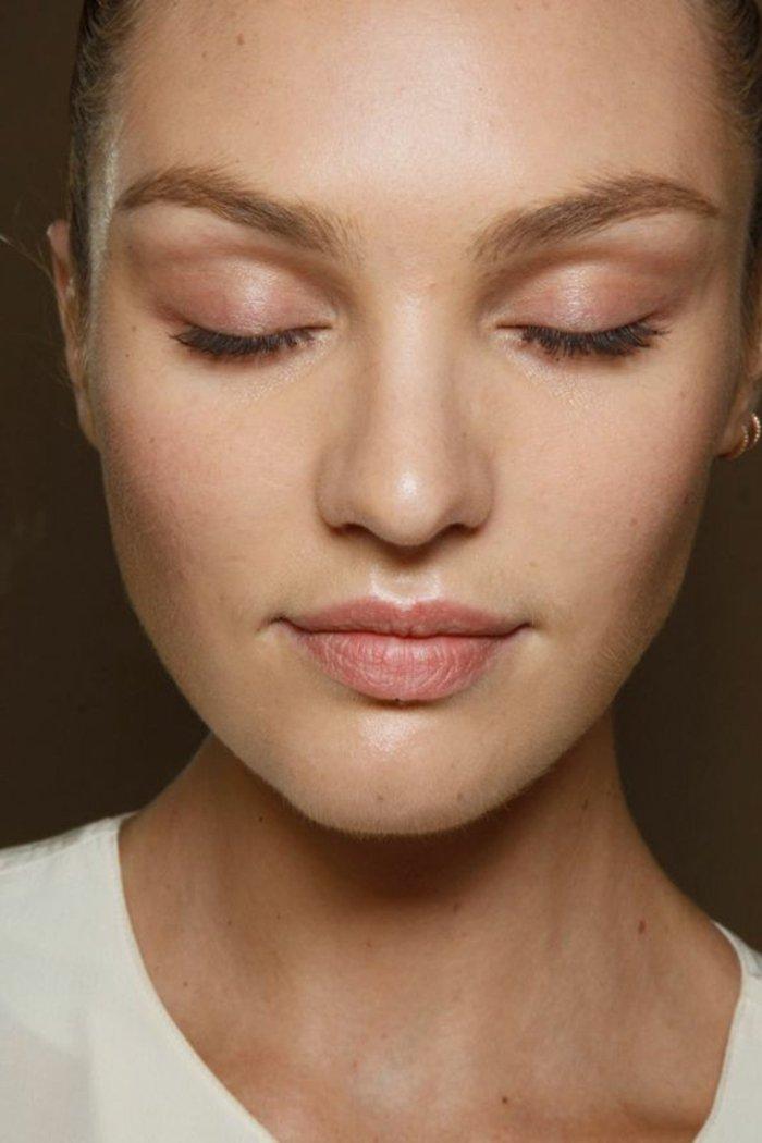 000-maquillage-paupiere-rose-apprendre-a-se-maquiller-les-yeux-visage-femme