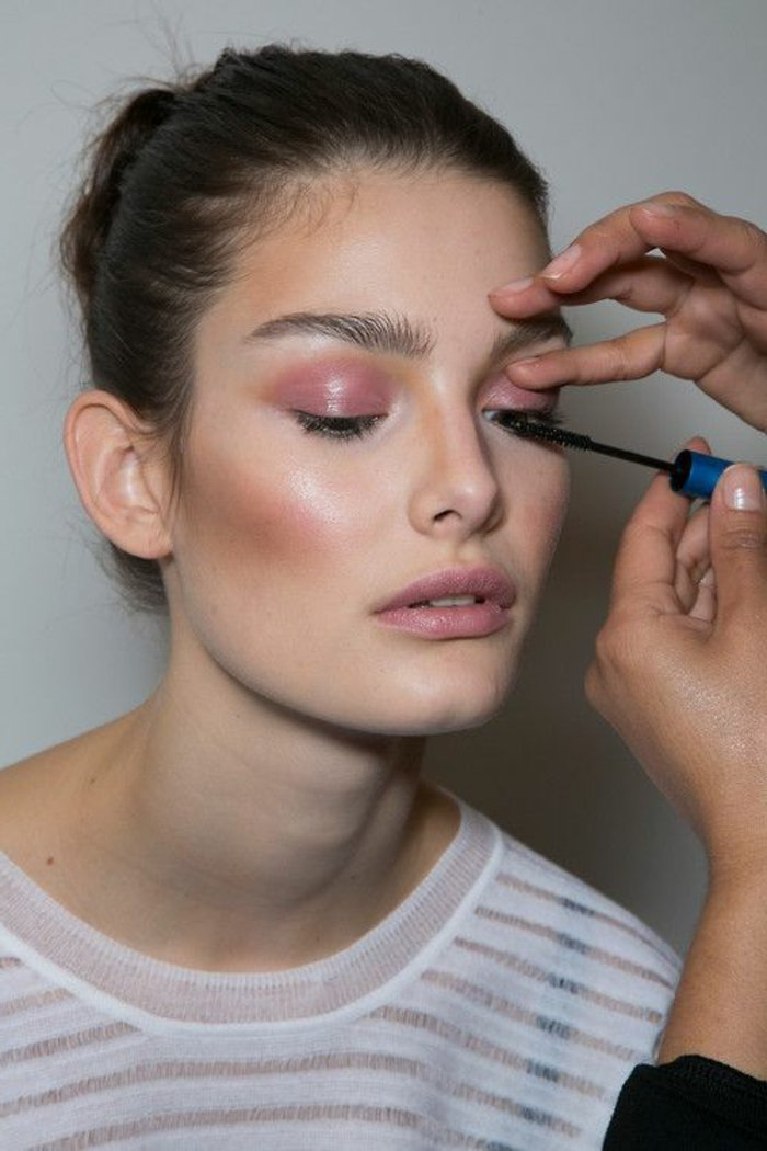 000-papupiere-roses-maquillage-paupiere-yeux-apprendre-a-se-maquiller