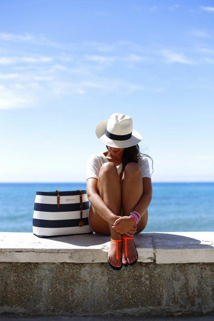 au-bord-de-la-mer-vacances-sac-cabas-plage-belle-vue