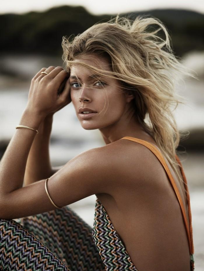 cheveux-blond-cendré-balayage-brun-chouette-idée-beauté-à-la-plage
