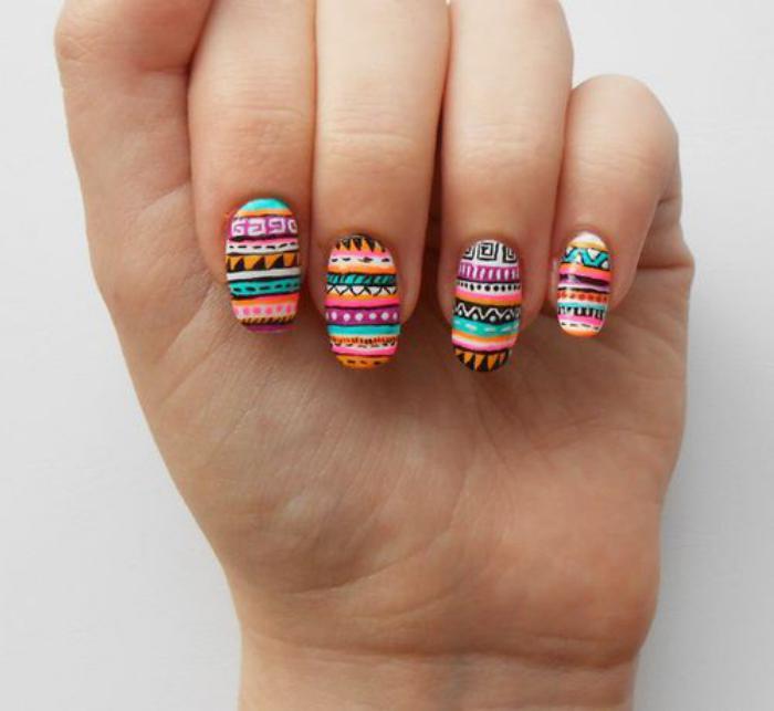 déco,ongles,bariolée,aztèques,motifs,top,été