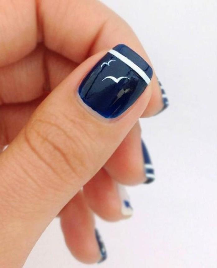 déco-ongles-les-couleurs-nautiques-sur-vos-ongles