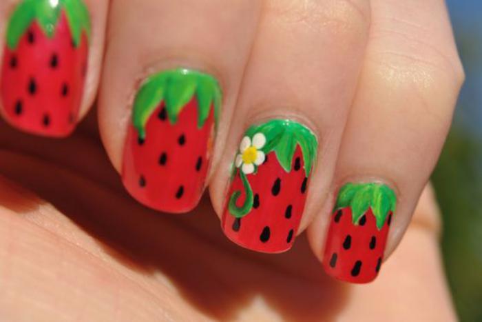 déco-ongles-manucure-été-fraiche-motif-fruits