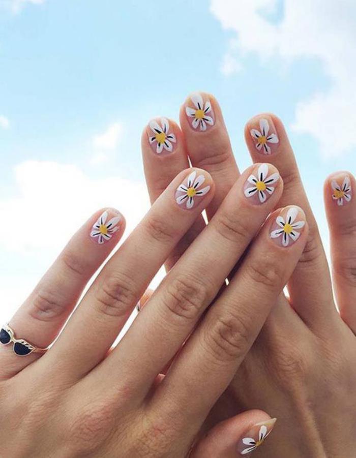 déco-ongles-paquerettes-manucure-d'été