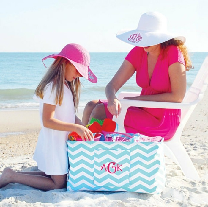 grand-sac-plage-cabas-plage-essentiels-la-mer-personnalisé-avec-initiales-sac