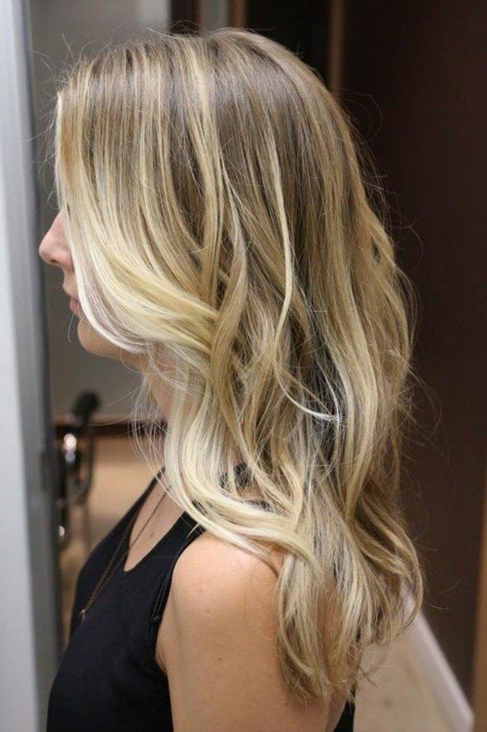 la-couleur-de-cheveux-miel-balayage-naturel-idee-belle