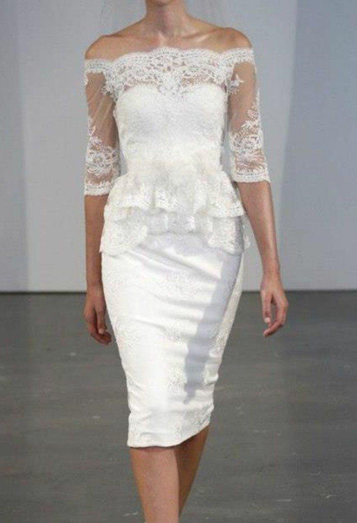 magnifique-robe-mi-longue-balnche-decolette-en-dentelle-blanche-robe-mi-longue