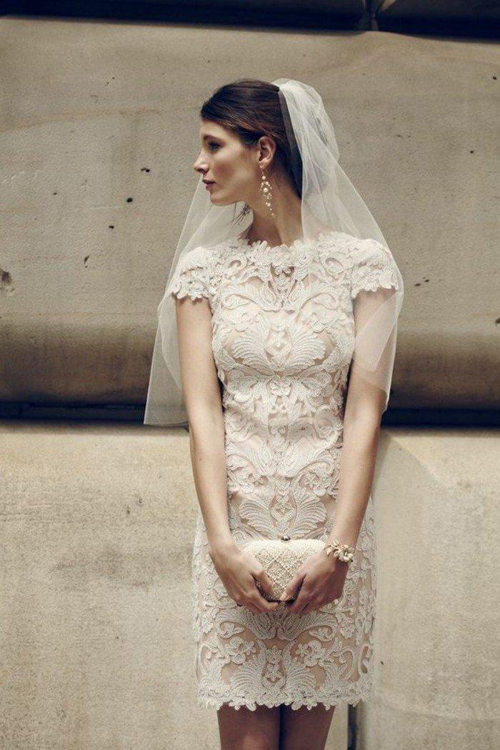 Tendance mode 60 des plus belles robes de mariage civil for Robes violettes plus la taille pour les mariages