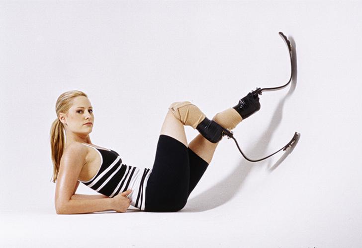 Aimee Mullins : Mannequin, athlète, actrice et amputée des deux jambes...