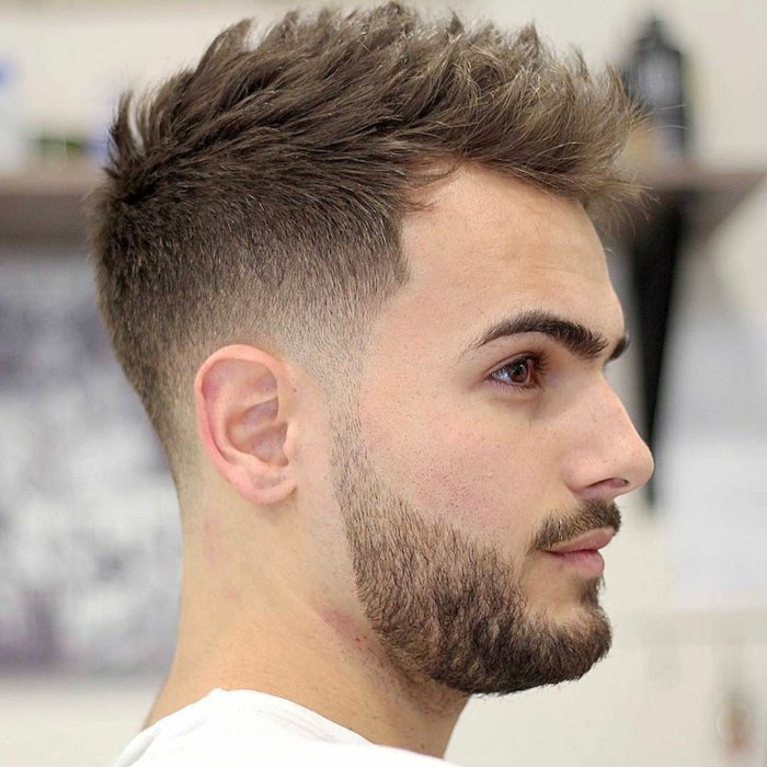 Coupe cheveux court gel homme
