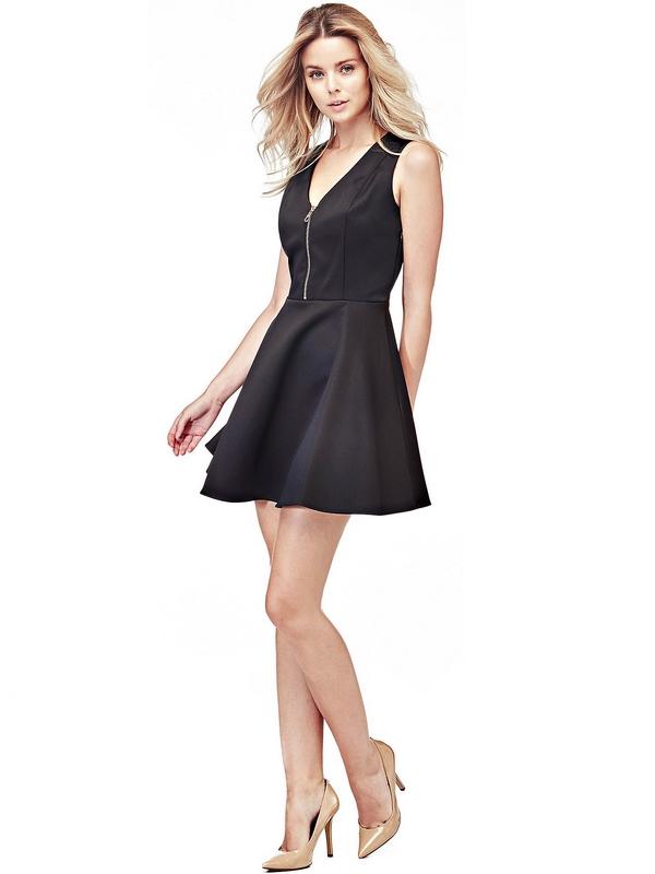 Le modèle sans manche apporte une finition sophistiquée à la robe qui affiche un style rétro. Le détail de glissière frontale est sexy et irrésistible, ce qui en fait un modèle extraordinaire pour le look de jour.