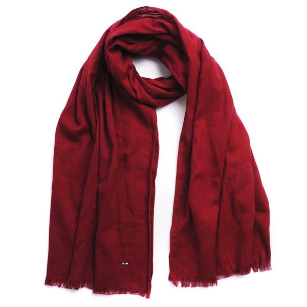 Tendance écharpe pour homme automne-hiver - L'écharpe rouge