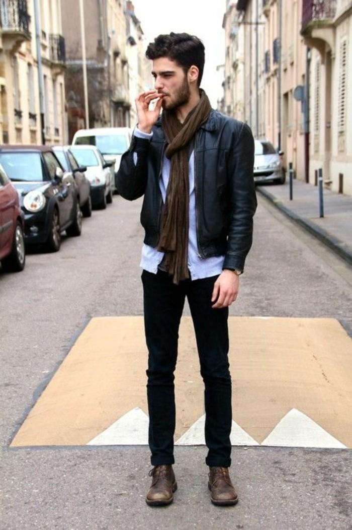 écharpe-pour-homme-tenue-casuel-avec-châle-cool