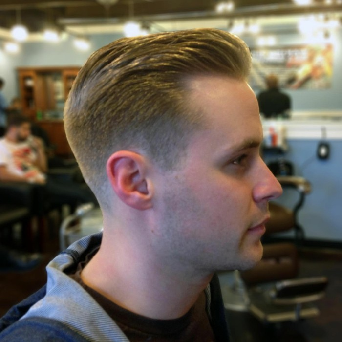 Coupe De Cheveux Homme Degrade Blond