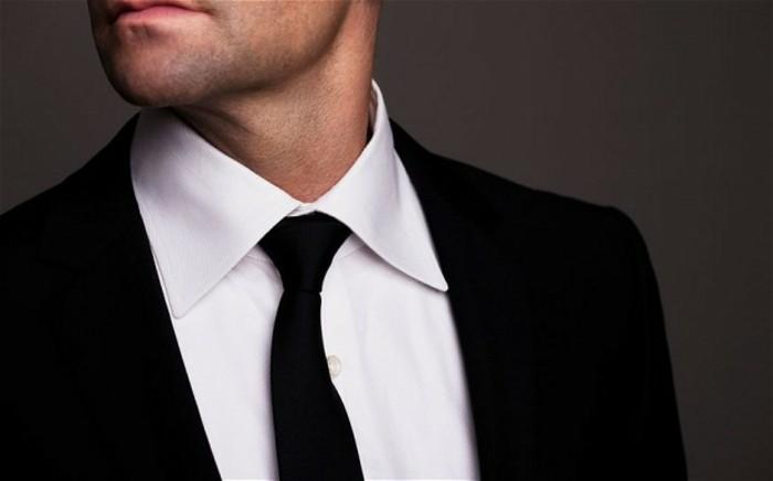 cravate-homme-stricte-habillé-noir-et-blanc