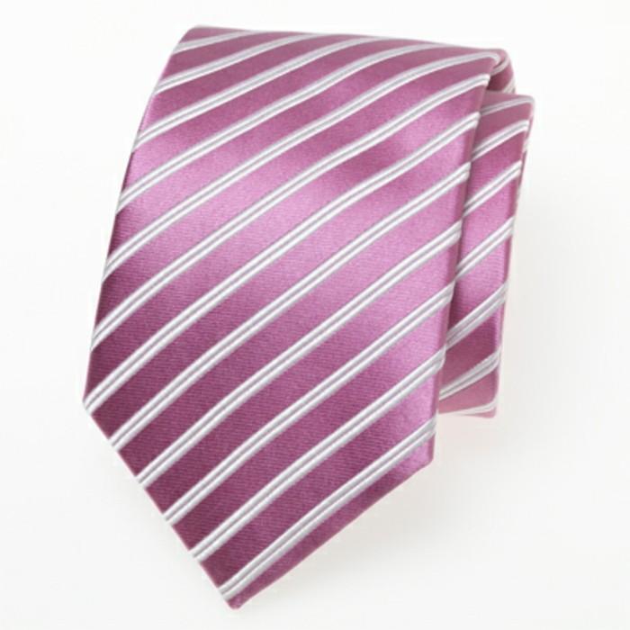 cravate-rose-à-rayeaux-idée-quoi-porter