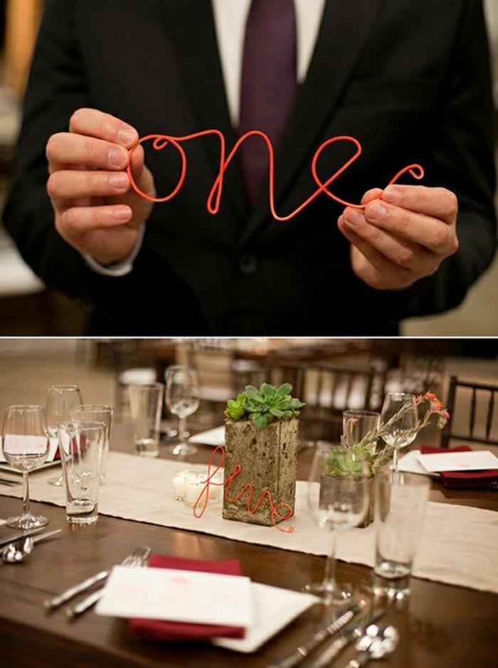 0-deco-table-de-mariage-en-fer-rouge-table-en-bois-marron-foncé