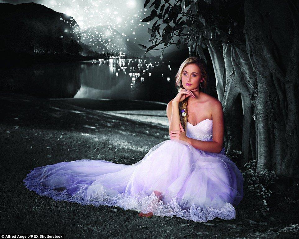 Robe de princesse disney tendance 2017 - Raiponce