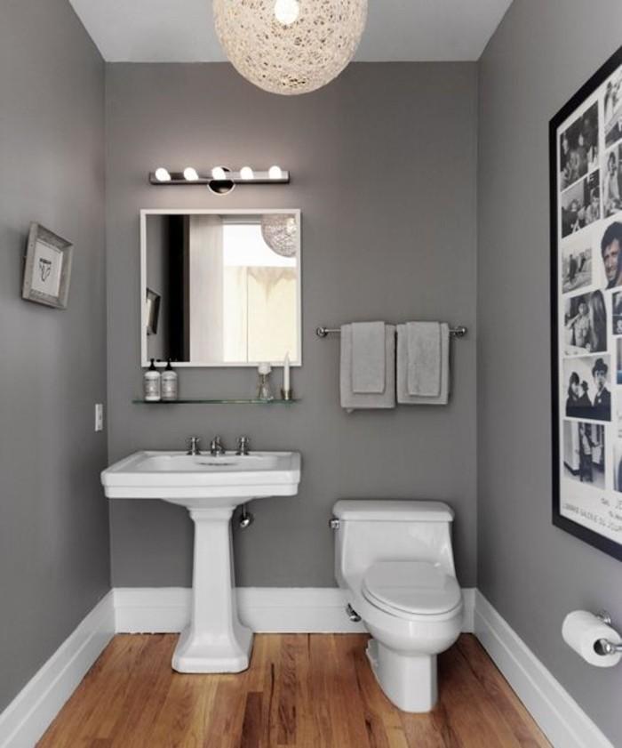 magnifique-idée-peinture-salle-de-bain-grise-miroir-WC-lavabo-colonne-collage-de-photos-comme-décoration-salle-de-bain