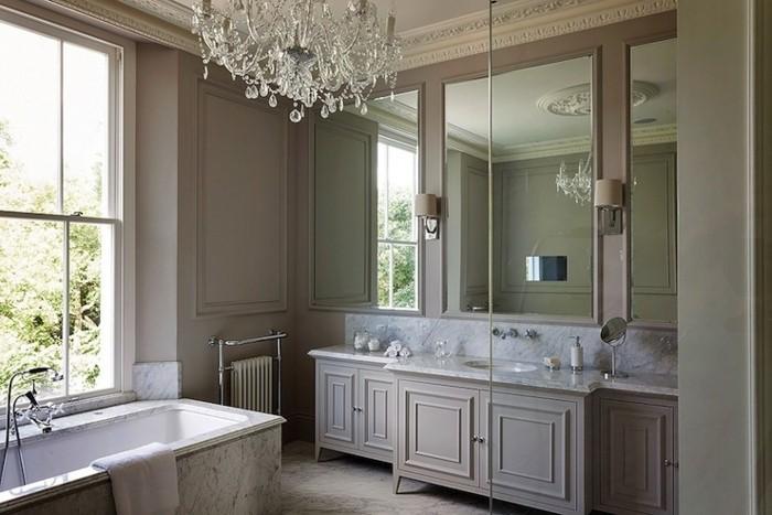 flashmode.tn/wp-content/uploads/2016/09/8peinture-salle-de-bain-couleur-taupe-déco-luxe-lustre-somptueux