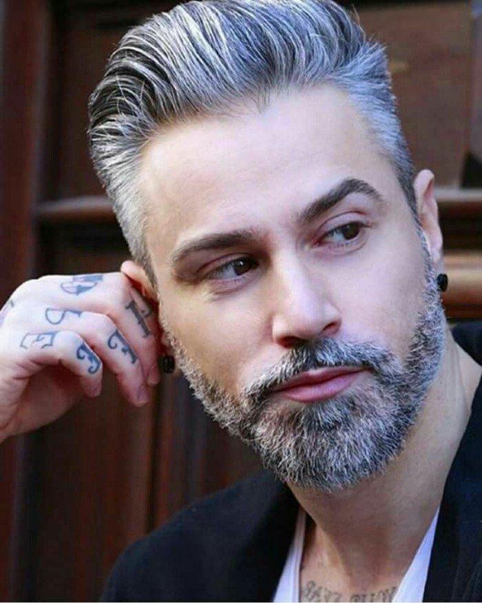 Mannequin homme cheveux gris