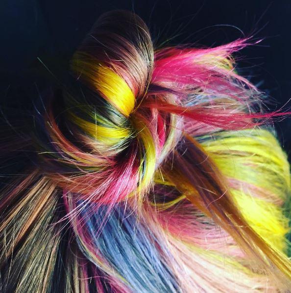 Les cheveux arcs-en-ciel : Plus d'idées et inspirations