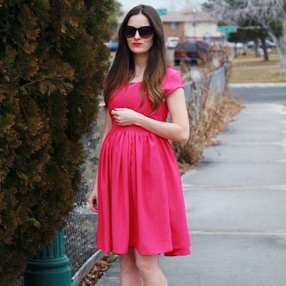Robe de grossesse courte tendance 2017 rose et féminine