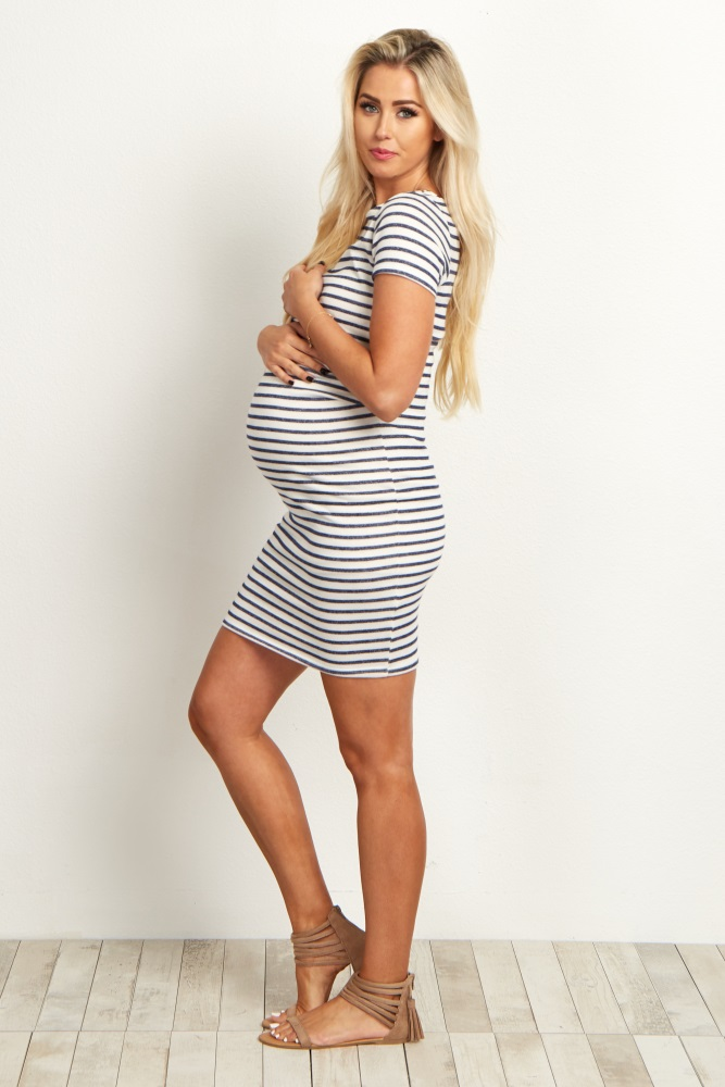 Robe de grossesse courte tendance 2017 - Modele 17
