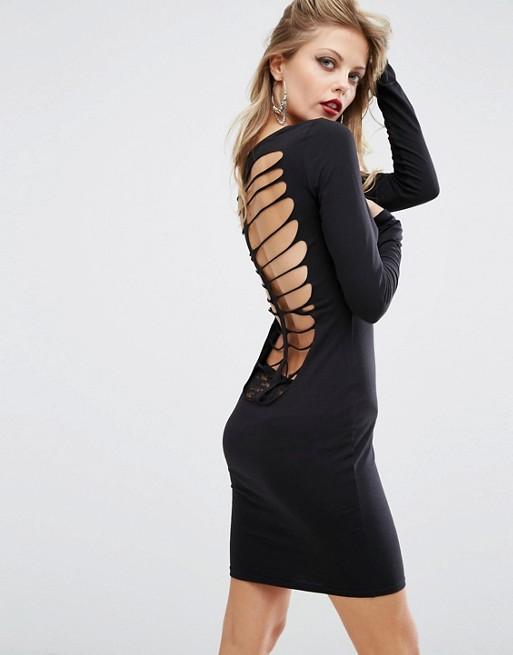 Robe de soirée noire courte Tendance 2017 - Modèle 7 Robe de soire courte noire à découpes au dos forme squelette