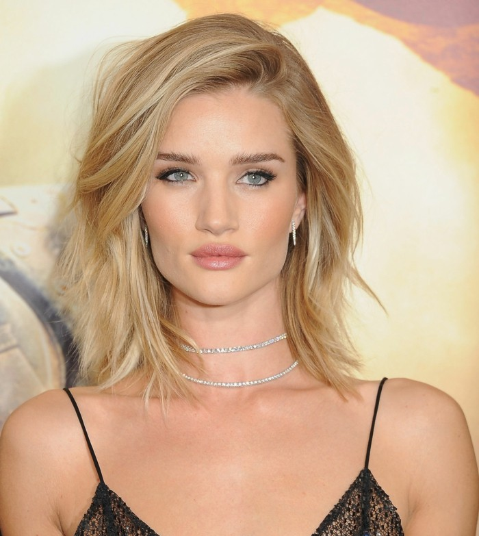 cool-Rosie-Huntington-Whiteley-de-maquillage-de-soirée-chouette-femme