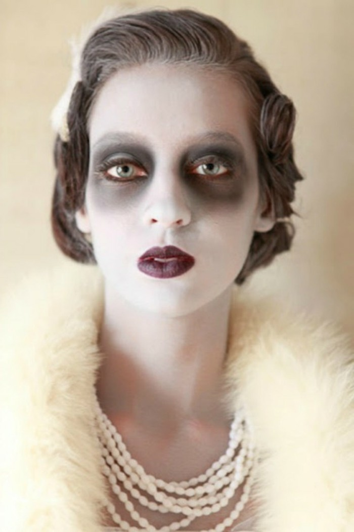 idee-maquillage-halloween-excellente-deguisement-retro-a-combiner-avec-une-robe-vintage