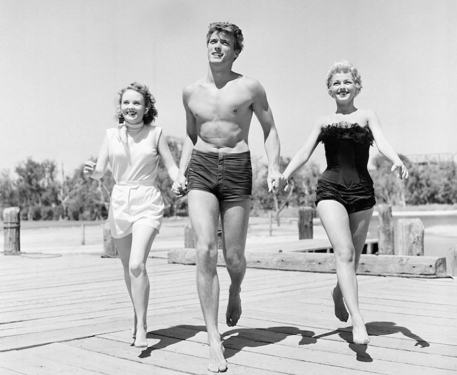 Clint Eastwood et les actrices Olive Sturgess et Dani Crayne à San Francisco, 1954