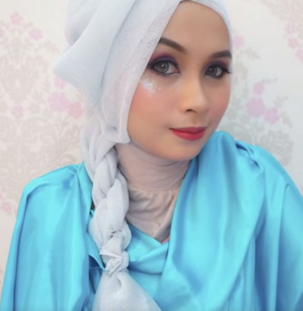 Hijab style Halloween - Look 6, Queen Elsa