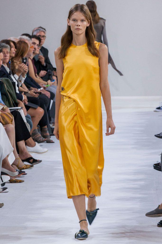 robes-de-soiree-longues-tendance-2017-modele-44