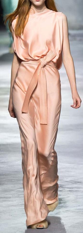 robes-de-soiree-longues-tendance-2017-modele-50