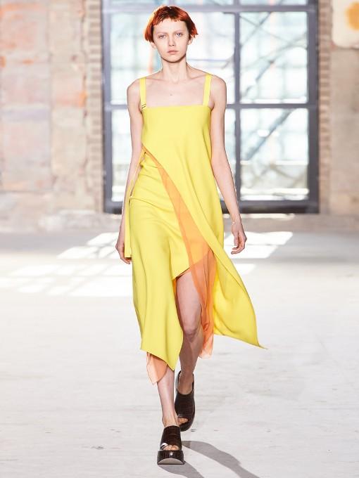 robes-de-soiree-longues-tendance-2017-modele-52