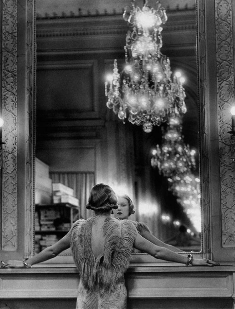 Une actrice devant le miroir, 1934.