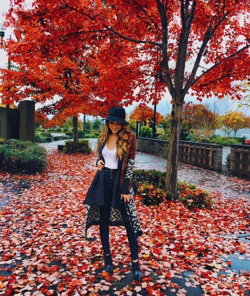 autumn-outfit-ideas-for-2017-from-top-instagram-fashion-bloggers-look-16