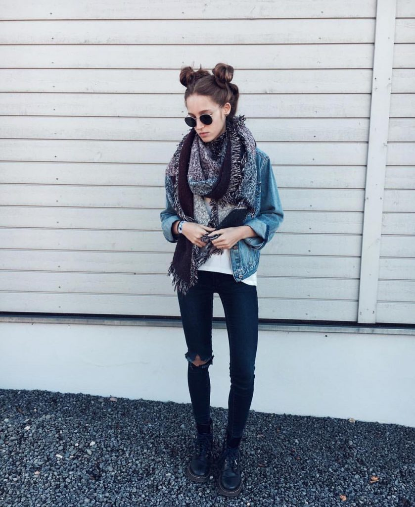 autumn-outfit-ideas-for-2017-from-top-instagram-fashion-bloggers-look-23