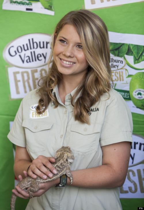 Bindi Irwin, née le 24 juillet 1998 à Nambour, est une actrice et animatrice TV australienne. Elle est la fille de l'animateur Steve Irwin.