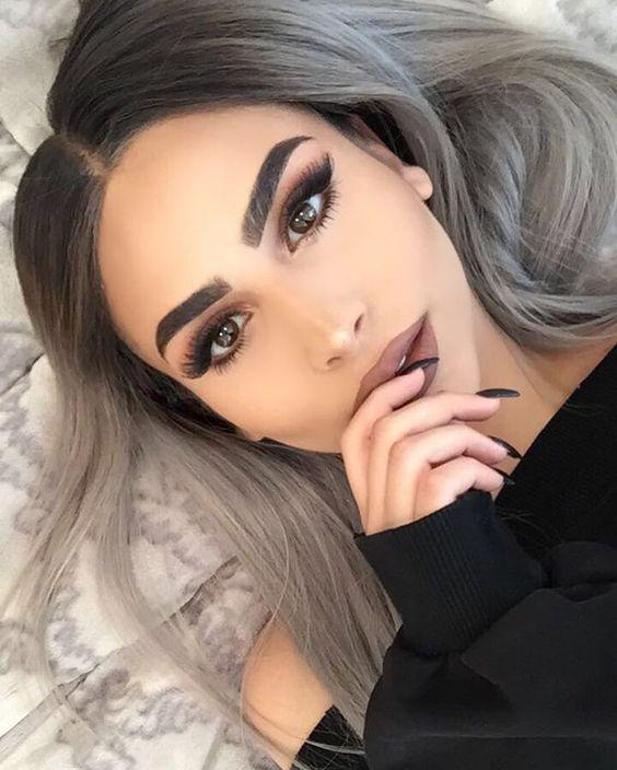Bien connu Cheveux gris: 27 Des plus belles coiffures cheveux gris tendances  ZX72